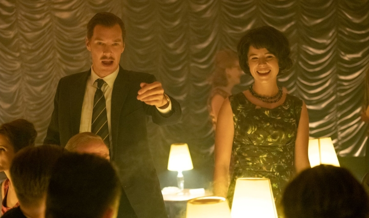 Benedict-Cumberbatch-and-Jessie-Buckley-in-THE-COURIER-Photo-Credit-Nick-Wall-Courtesy-of-Lionsgate-and-Roadside-Attractions.s